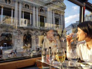 """Blog """"Voyage Insolite"""" à Paris avec le Bustronome devant l'Opéra Garnier"""